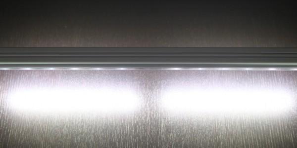 LED-Leuchte-von-oben-1024×383